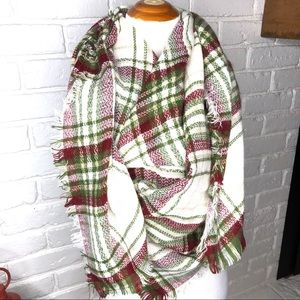 Blanket Scarf .Colors Green/red/white Large & soft
